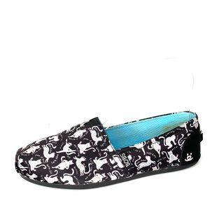 SKECHERS BOBS Slip-On Cat Sneaker, 9